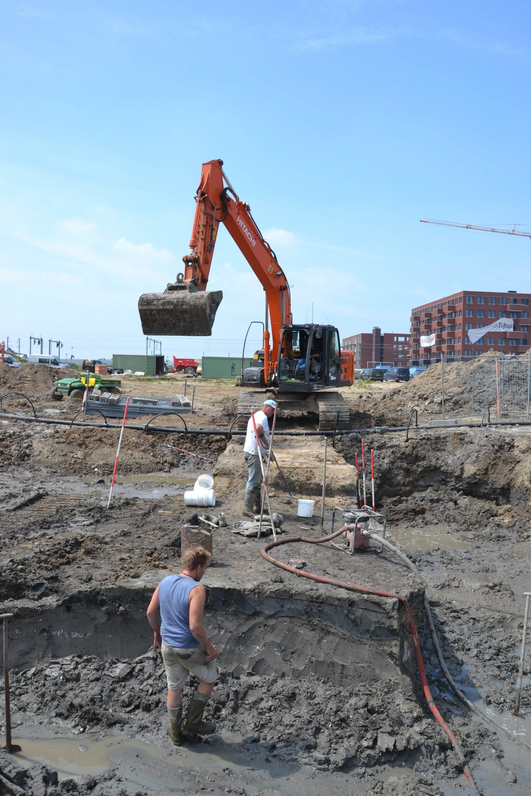 Kraan bij archeologische opgraving